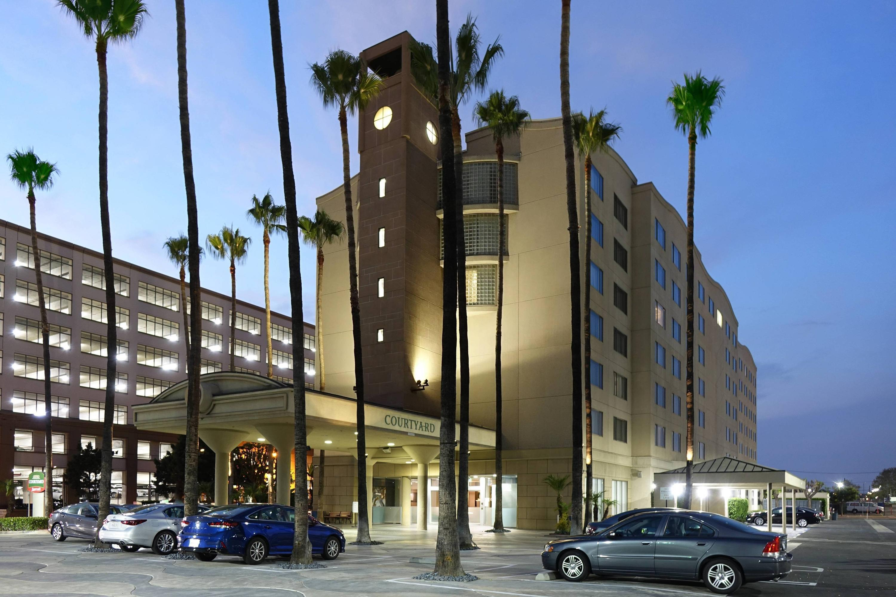 Courtyard By Marriott Los Angeles Lax/Century Boulevard